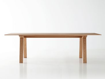 Punt Mitis Table