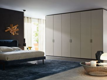 Molteni Master-Deep Door Wardrobe