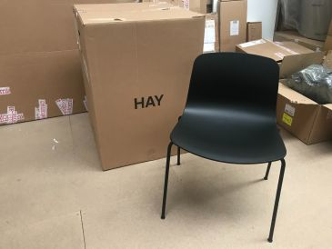 Hay AAC16 Chair (Set of 2)
