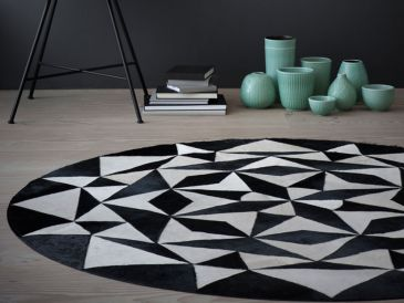 Linie Design Ambition Leather Rug